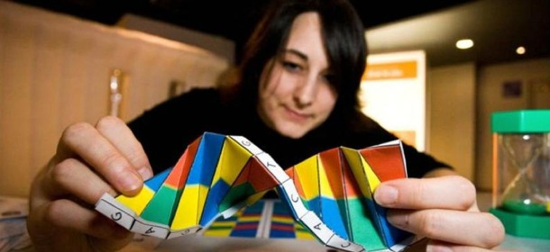 Double-Helix-in-Origami-by-Duncan-Hull